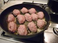 Frying The Meatballs.