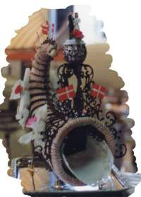 Horn of Plenty, Overflodigshorn (Danish Wedding Cake)