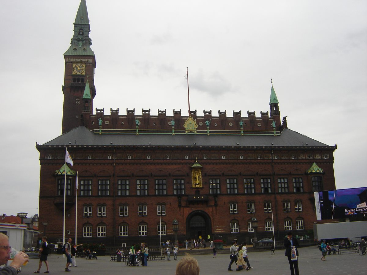 Copenhagen Town Hall, Rådhuspladsen.